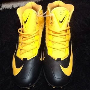Men's Yellow black Nike football cleats